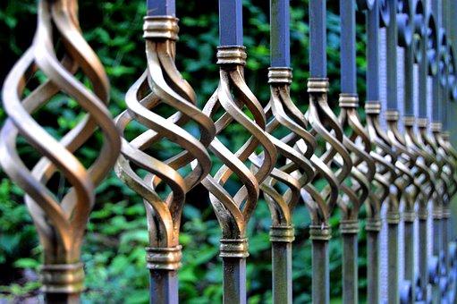 Metalowe modele ogrodzeń