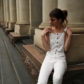 Jasne damskie jeansy